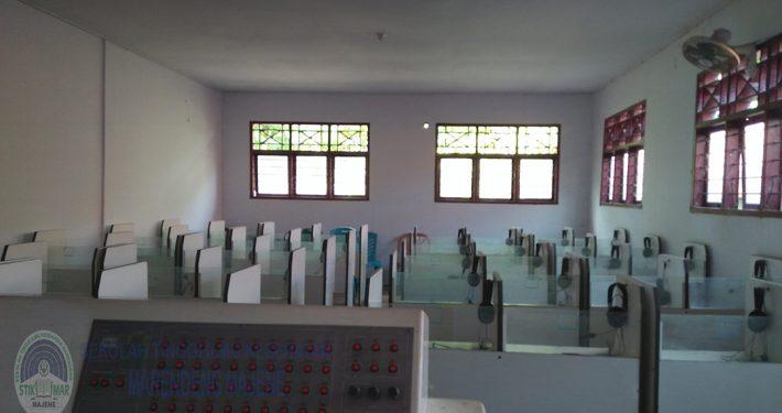 Laboratorium Bahasa STIKes Marendeng